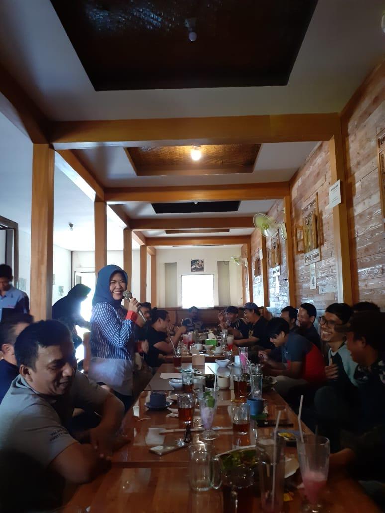 Anggota Komisi V DPR RI dari Dapil Kota Bekasi - Depok, Intan Fauzi