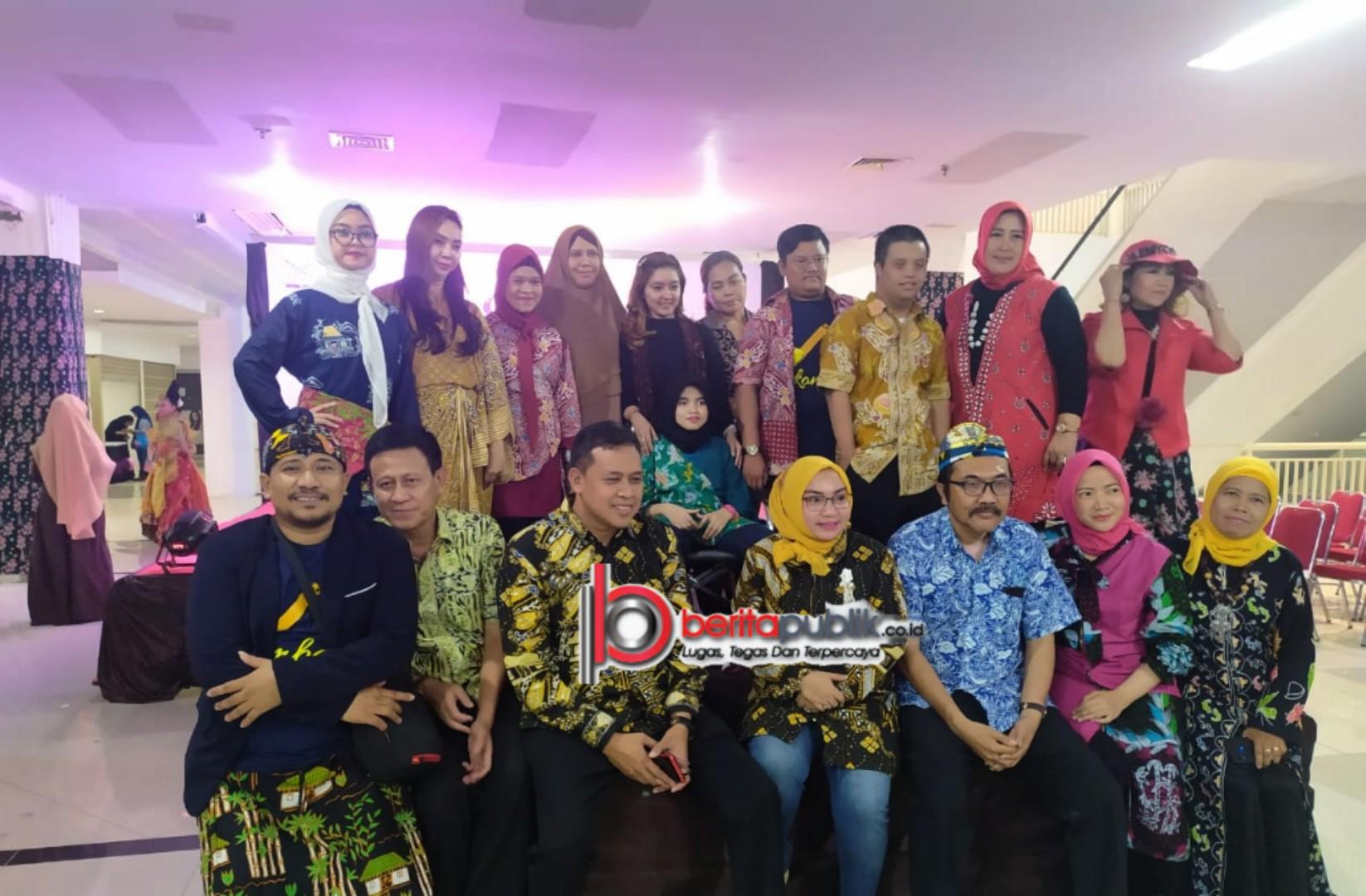 Peringati Hari Batik Nasional