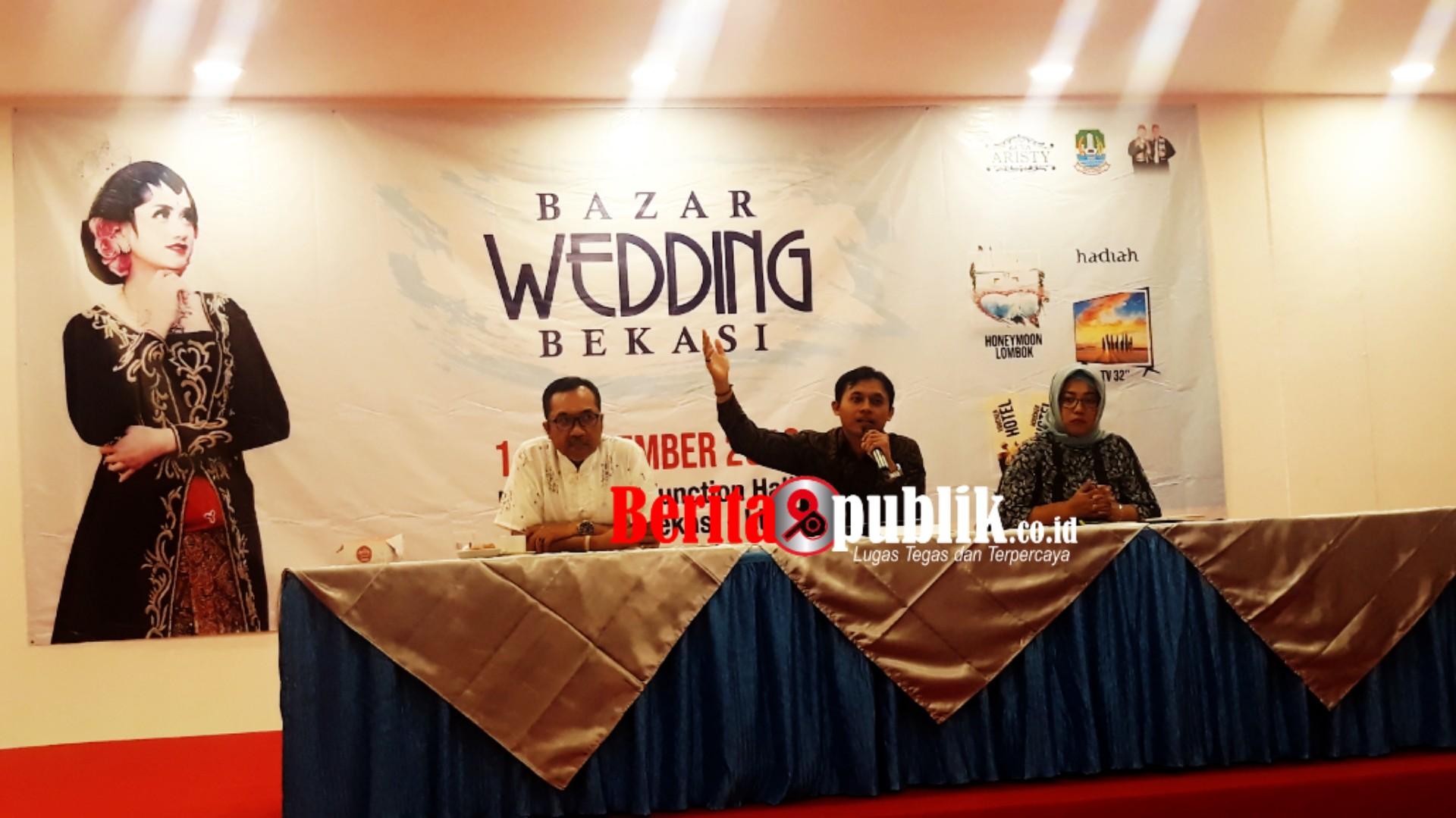 Konferensi Pers Bazar Wedding Bekasi CV Aristy bersama Pemkot Bekasi dan Penyelenggara Grand Mall berlokasi di De'Krandjie Function Hall Grand Mall Lantai 3, Kelurahan Kranji, Kecamatan Bekasi Barat pada 1 hingga 3 November 2019.