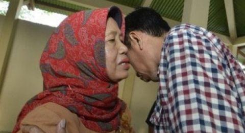 Innalillahi wa innaillaihi rojiun. Eyang Notomiharjo, Ibunda Bapak Presiden Jokowi berpulang di Solo pukul 16.45 WIB.