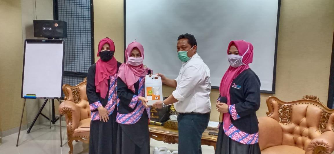 Foto Caption: Balai Besar Peningkatan Produktivitas (BBPP) Bekasi bekerjasama dengan Ikatan Pengusaha Muslim Indonesia (IPEMI) Kota Bekasi Helat Pemberdayaan Masyarakat, Kamis, (14/5).