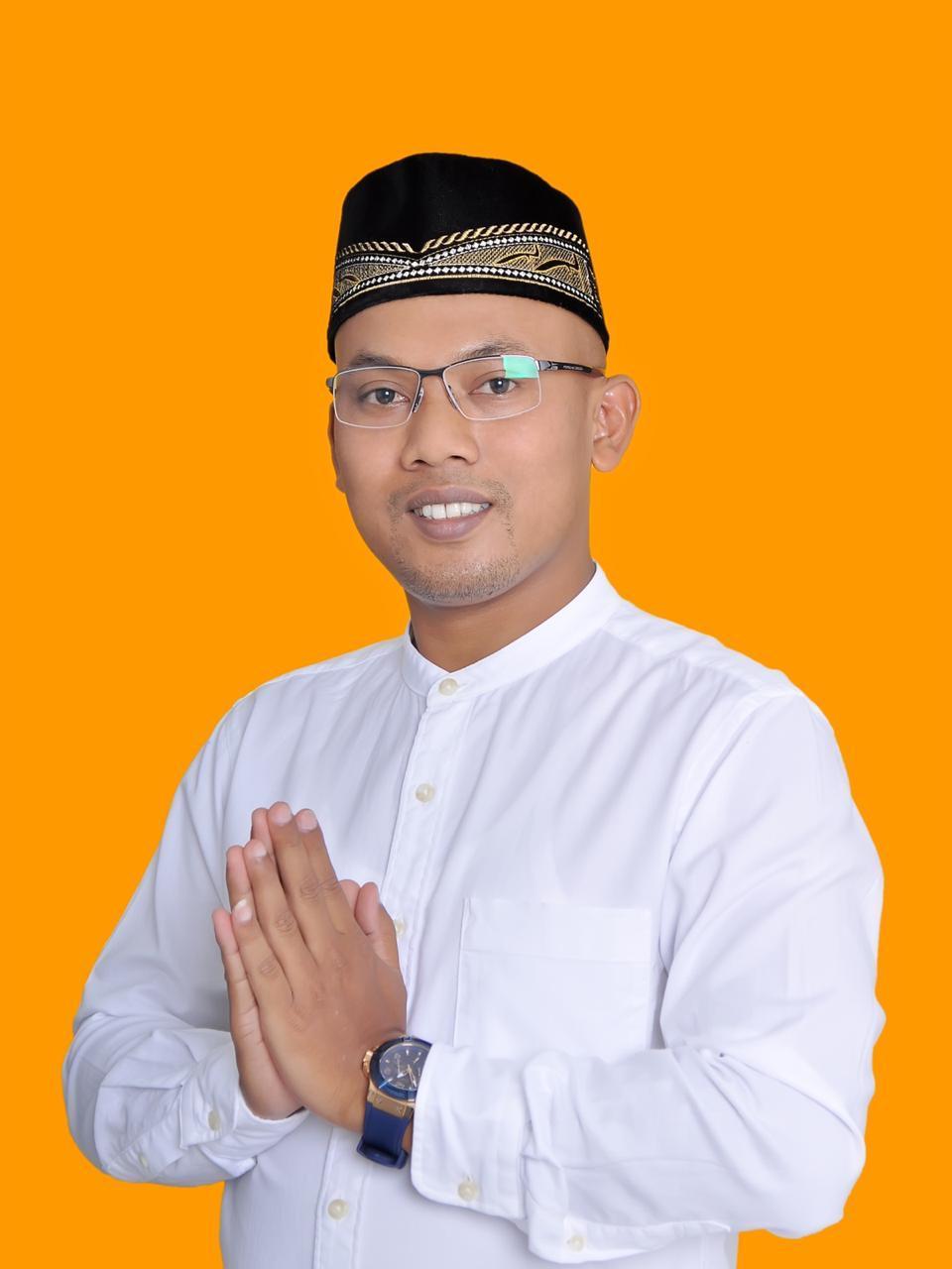 Direktur The Jakarta Institute, Sumadi, Sabtu, (16/5).