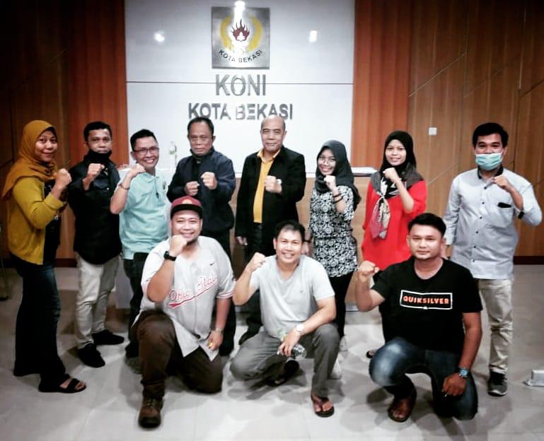 Indonesia Beladiri Amatir Mixed Martial Arts (IBA MMA) Kota Bekasi ditunjuk dan dipercaya oleh IBA MMA Jawa Barat (Jabar) untuk menghelat Choaching Clinic 2020 di Kota Bekasi, Senin, (21/9).