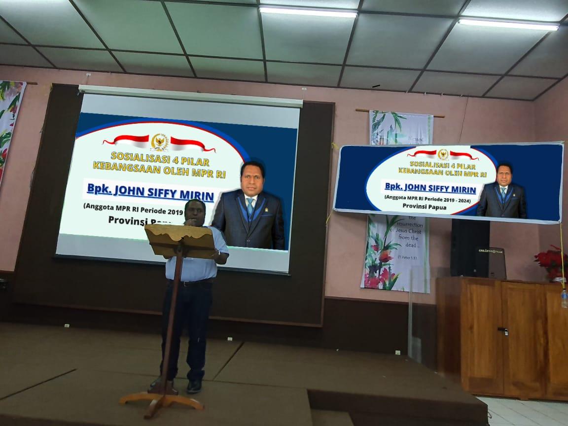 Sosialisi 4 pilar Kebangsaan sesuai UU No 17 tahun 2014, Pilar MPR RI bersama masyarakat papua yang dilaksanakan pada (20/6) di Sentani Jayapura.