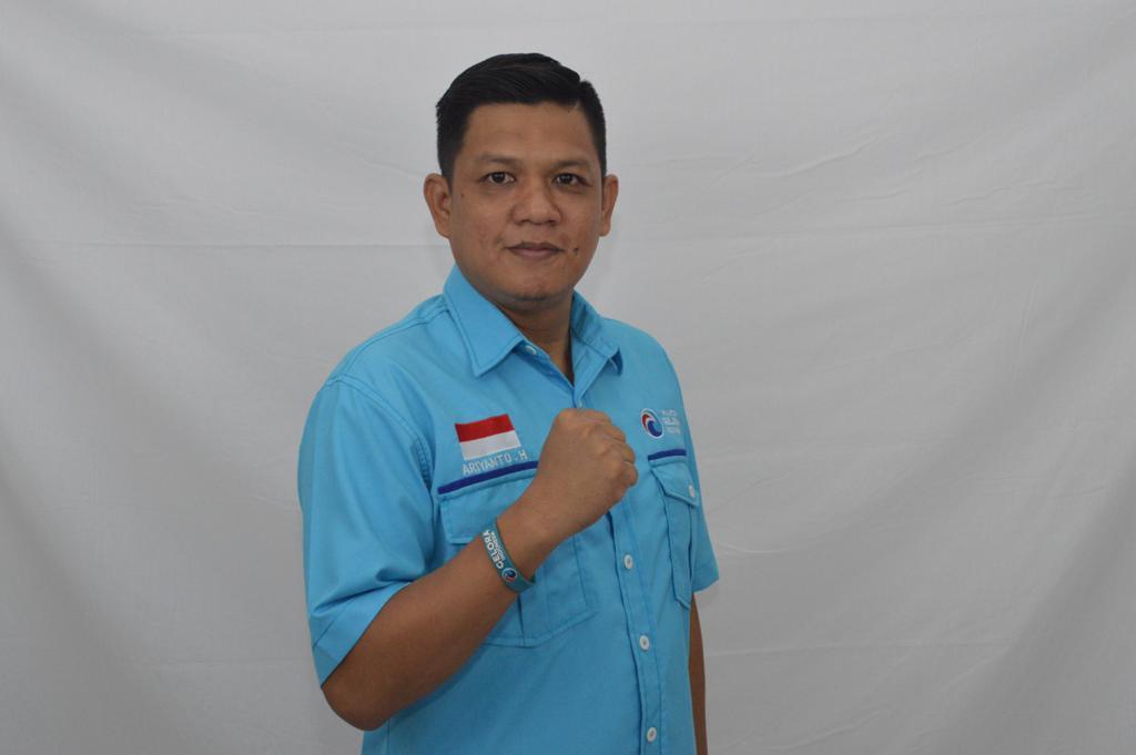 Ketua DPD Partai Gelora Indonesia Kota Bekasi, Ariyanto Hendrata kepada beritapublik.co.id, Minggu, (11/10).