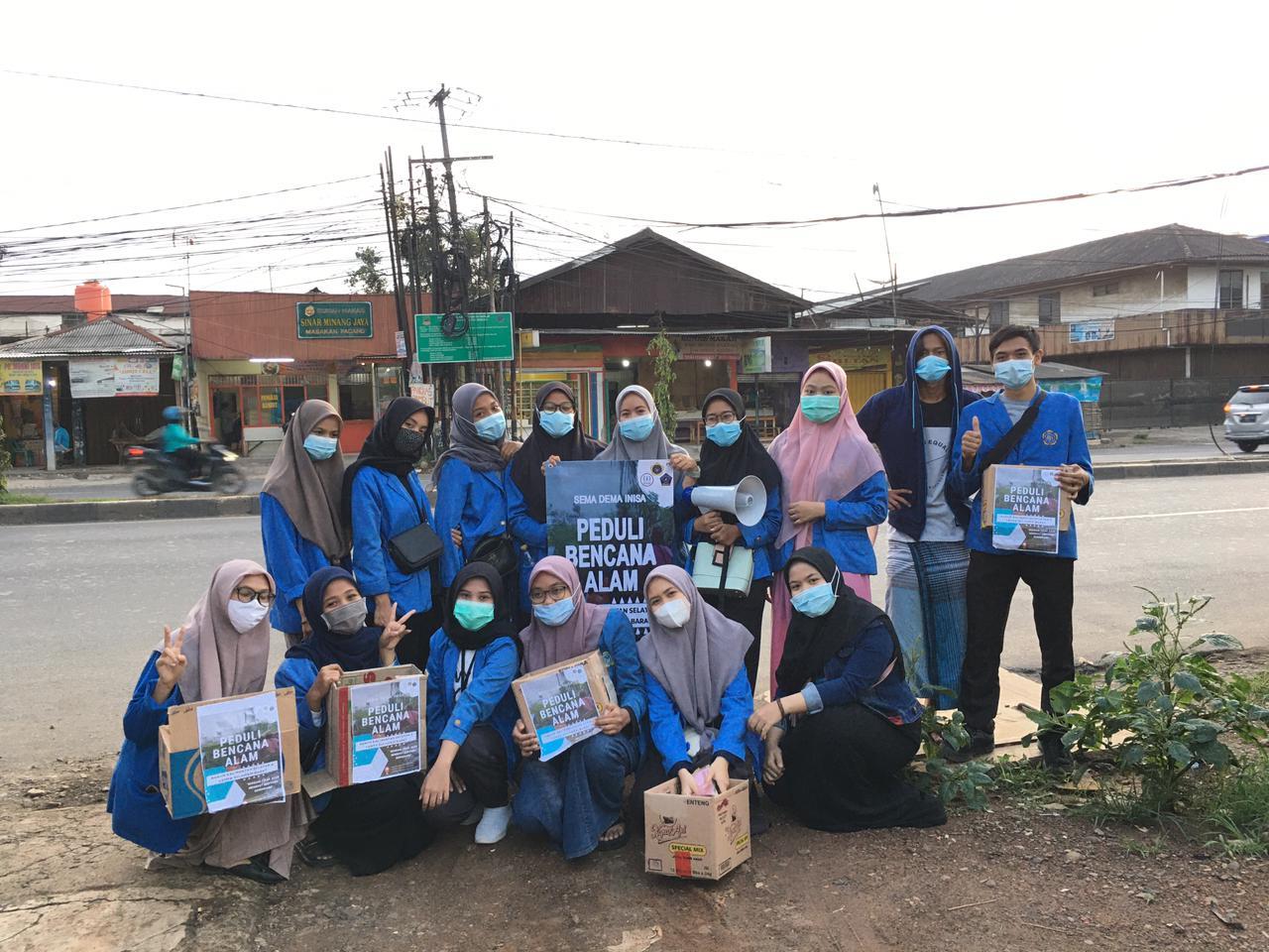 Mahasiswa INISA Galang Dana Di Muara Gembong, Sabtu, (6/2).